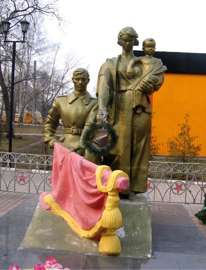 http://www.memory-tour.ru/files/images/izobrazheniya/Tulskaya_obl/3/1.jpg
